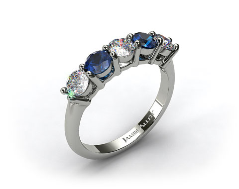 18k White Gold Round Shaped Diamond And Blue Sapphire Wedding Ring 